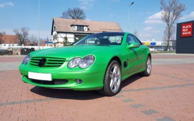 Mercedes SL 500 oklejony – czas na relację